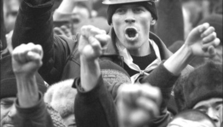 Как донецкие шахтеры политикой занялись