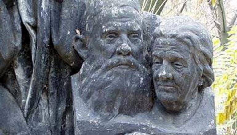Как на Мушкетово «советское кладбище» появилось