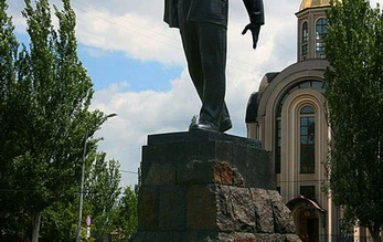 В наибольшей степени Донецк символизирует памятник шахтеру