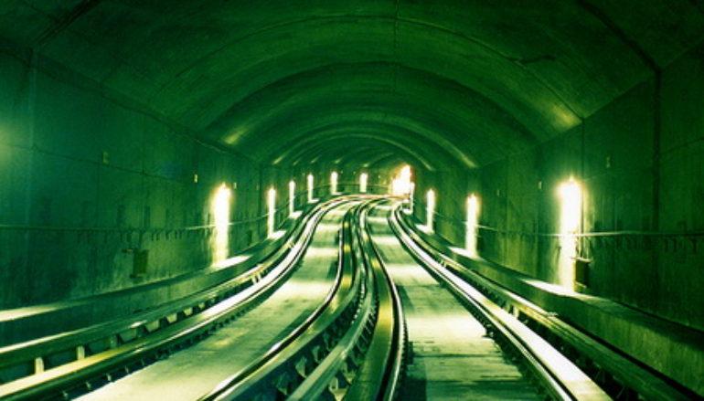 Из всех видов скоростного транспорта Донецку нужнее всего подземное метро