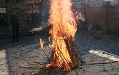 Баба в огне