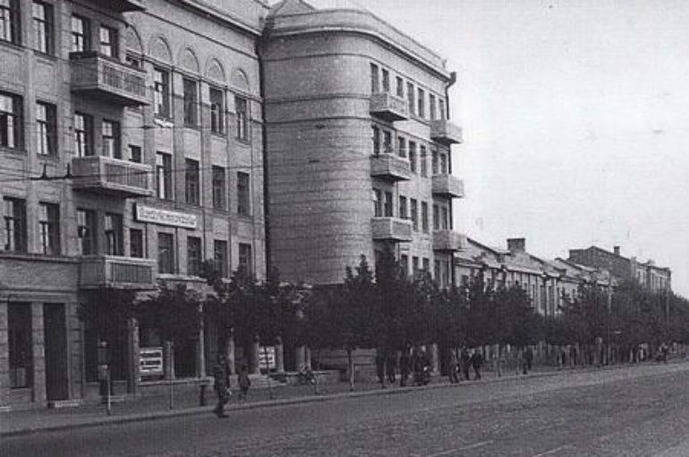 Парад отелей в 1944 году