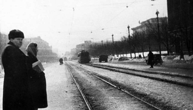 Трамвай на Артема