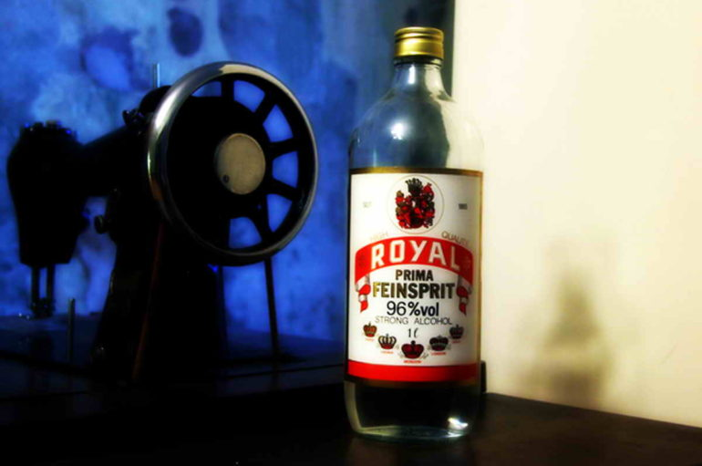 90-е. Спирт «Рояль»