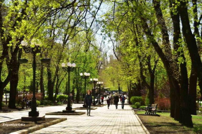 Весна на бульваре Пушкина