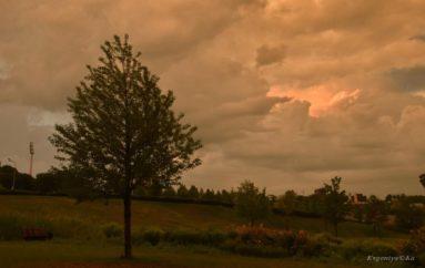 Желтое небо Донецка