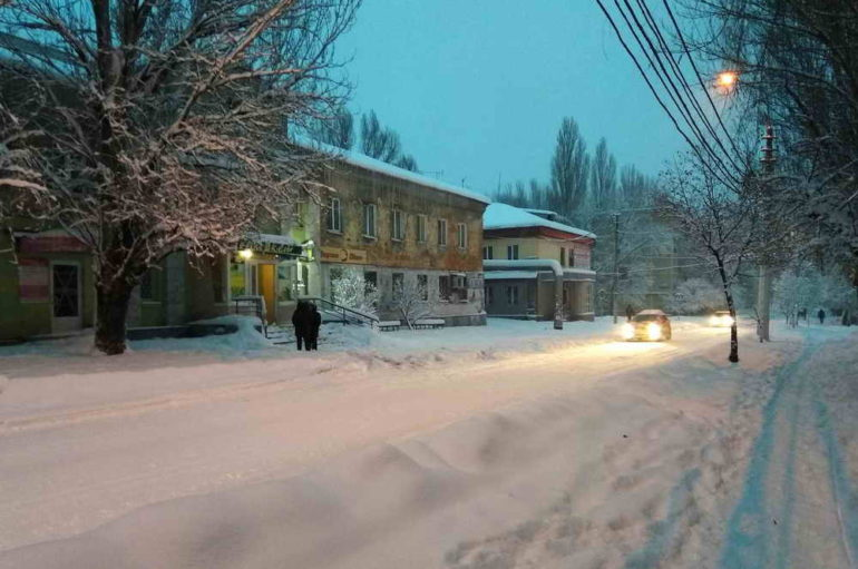 Снег. Вечер. Свет…