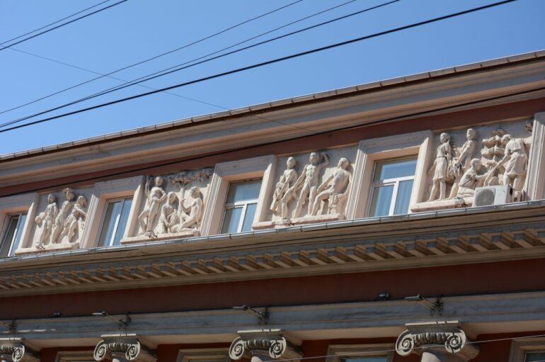 Фотоэволюция дворца пионеров